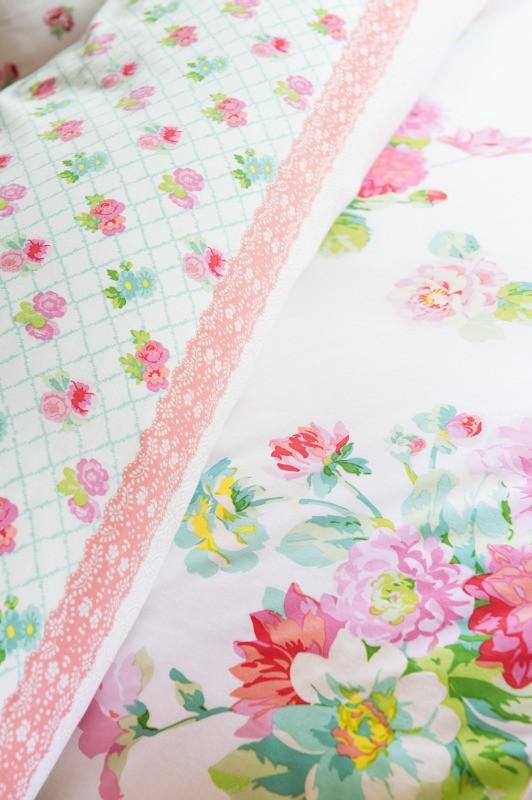 Lenjerie de pat roz fete flori Rosy 140x200/220 cm