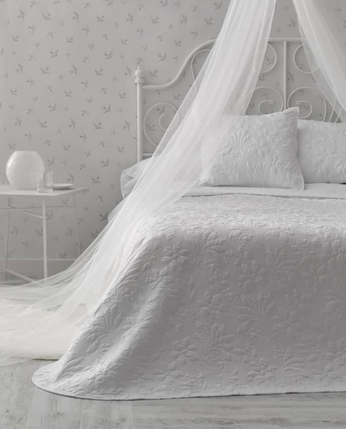 Set cuvertură de pat și fețe de pernă Alessia