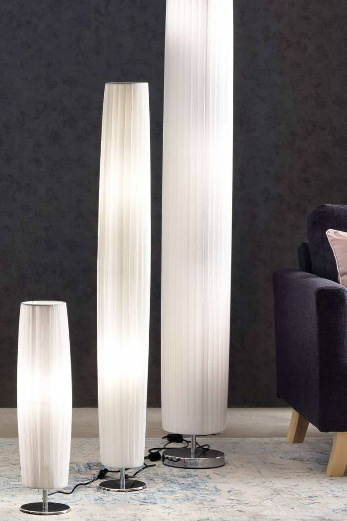 Lampadar rotund alb Omax, 120 cm, crom, cauciuc