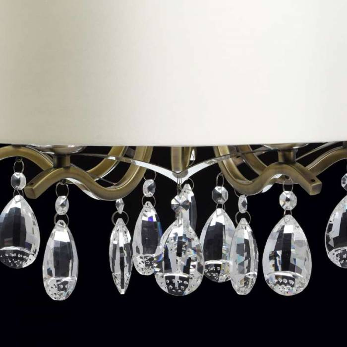 Candelabru arămiu cu cristale Nora