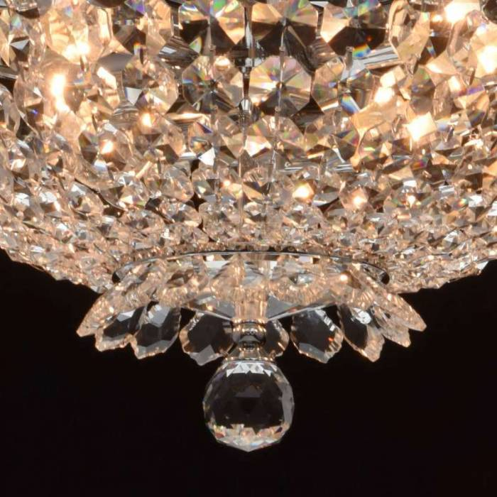 Candelabru clasic cu cristale decorative Auxerre