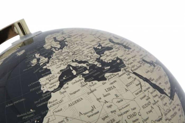 Decorațiune luminoasă Globe, 38x25x25 cm, plastic/ metal, negru/ auriu