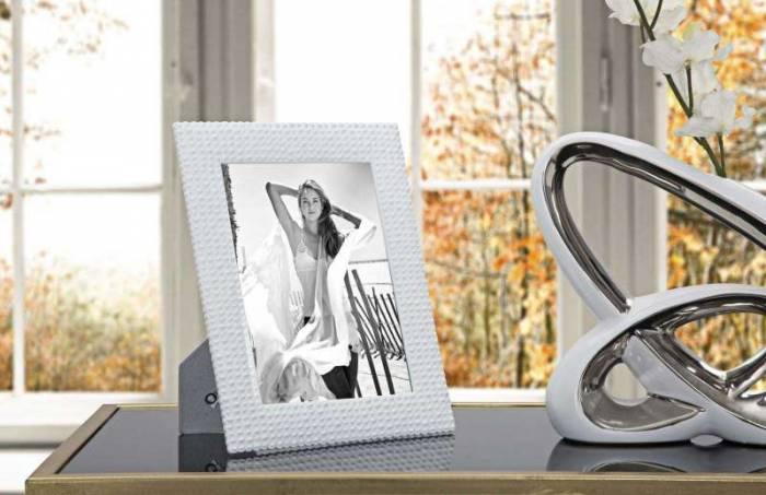 Ramă foto Fancy, 26x21x1,5 cm, polirasina/ sticla, alb