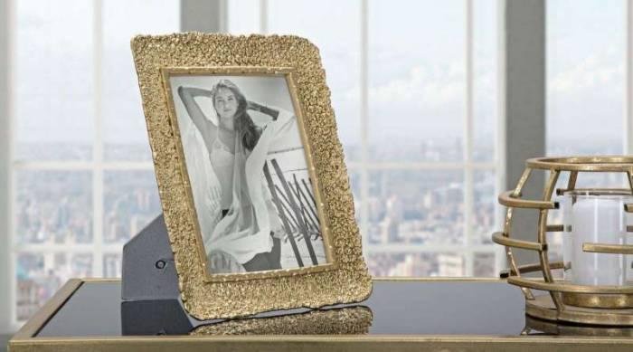 Ramă foto Lora, 28x22,5x2,5 cm, polirasina/ sticla, auriu